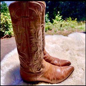 Vintage Ladies Cognac Tony Lama Lizard Boots
